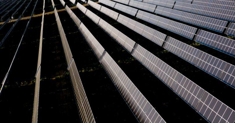 Biden propose un plan ambitieux pour l'énergie solaire
